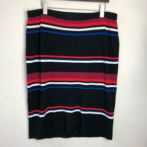 Vince Camuto Size XL Black Striped Straight Skirt